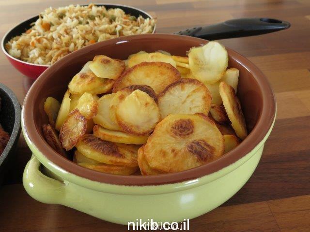 ארוחת קציצות תפוחי אדמה ואורז