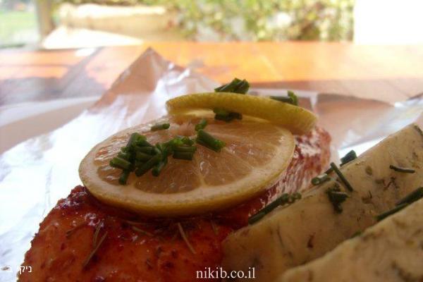 סלמון בלימון ודבש