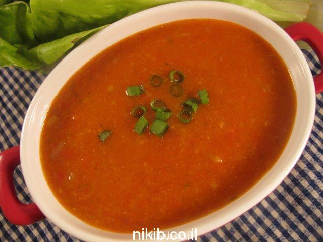 מרק עגבניות עם סובין