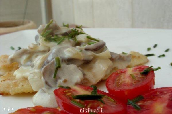 דג סול ברוטב שמנת ופטריות