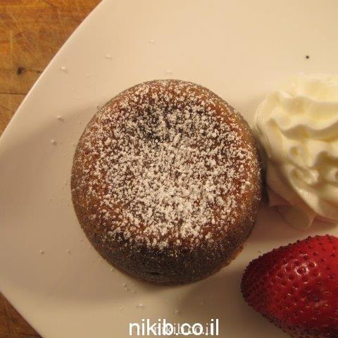 עוגת שוקולד חמה פונדנט