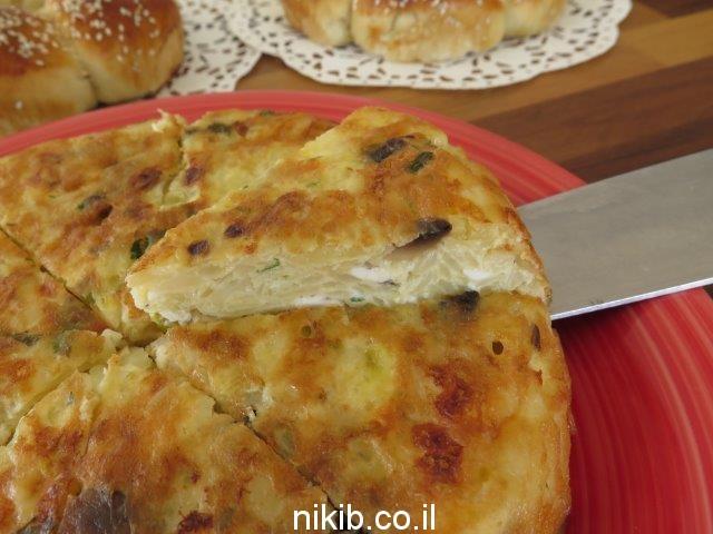 פשטידת תפוחי אדמה ופטריות חלבית