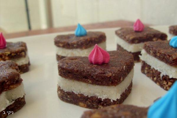 פינוקי שוקולד קוקוס
