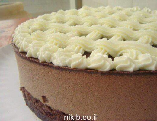 עוגת מוס חלבה שוקולדית