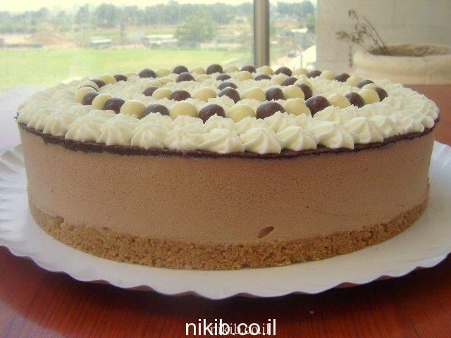 עוגת מוס שוקולד מרשימה