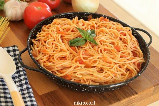 ספגטי ברוטב עגבניות קל הכנה