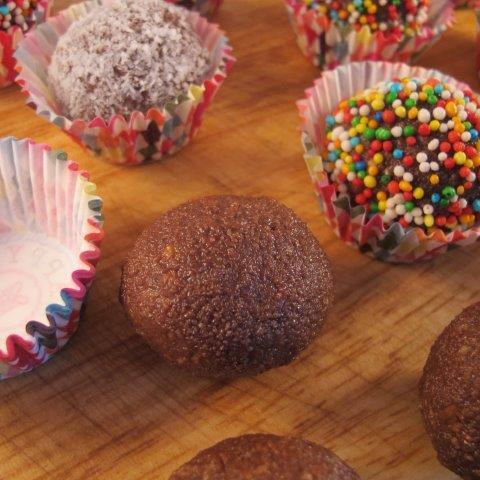 כדורי שוקולד מפירורי עוגיות