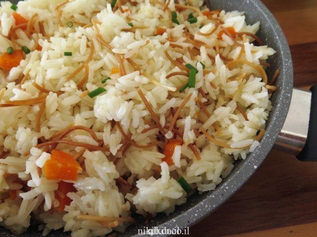 אורז עם פתיתים וגזר