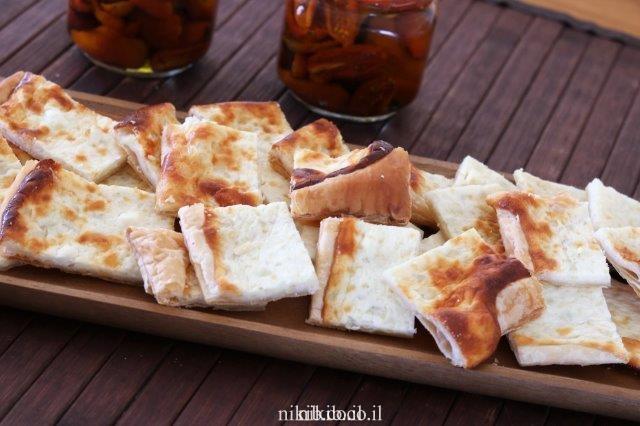 מאפה גבינות בבצק עלים