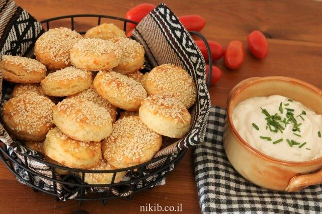 בויאקוס - לחמניות גבינה ממכרות!