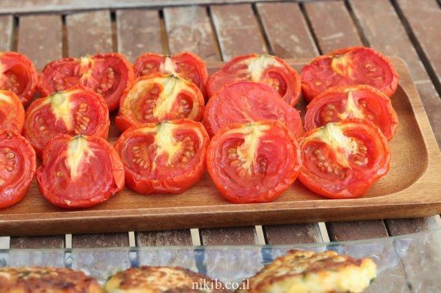 עגבניות אפויות