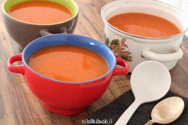 מרק עגבניות מעגבניות טריות
