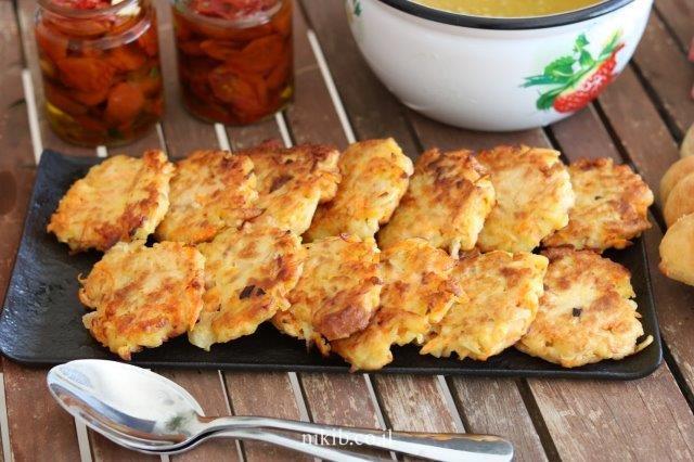 לביבות ירק עם לחם