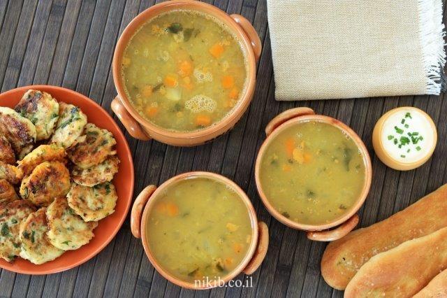 מרק עוף עם ירקות ועדשים