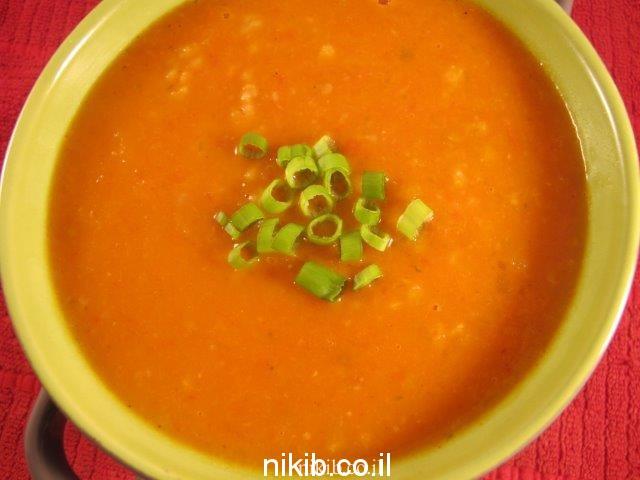 מרק עגבניות וגריסים פרווה