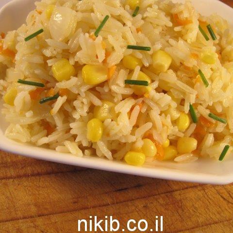 אורז עם תירס וגזר במיקרו