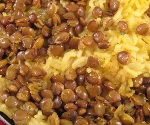 אורז עם עדשים ירוקות