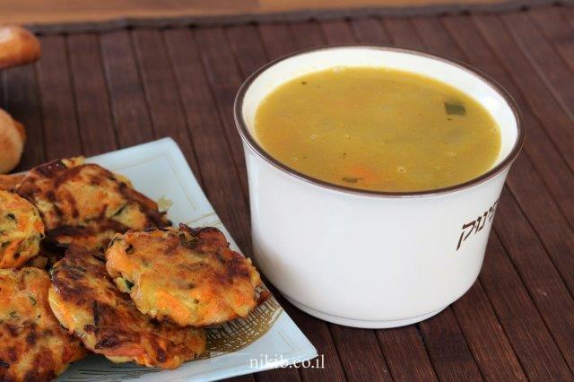 מרק עוף עם עדשים