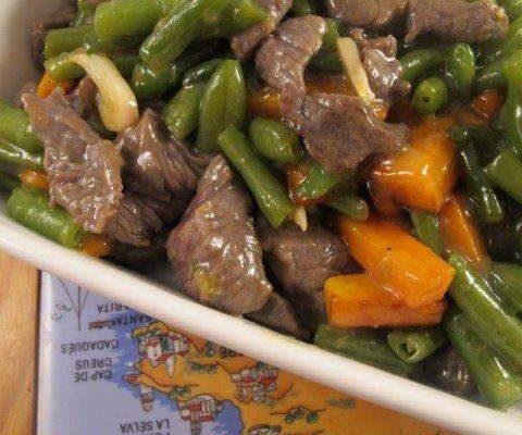 בקר מוקפץ עם ירקות