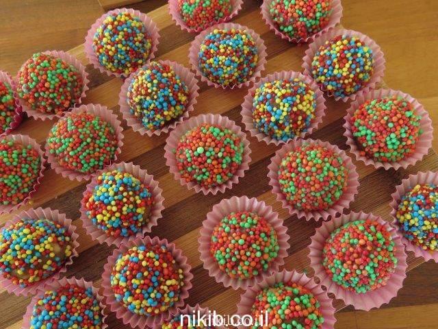 כדורי שוקולד מעוגת שוקולד