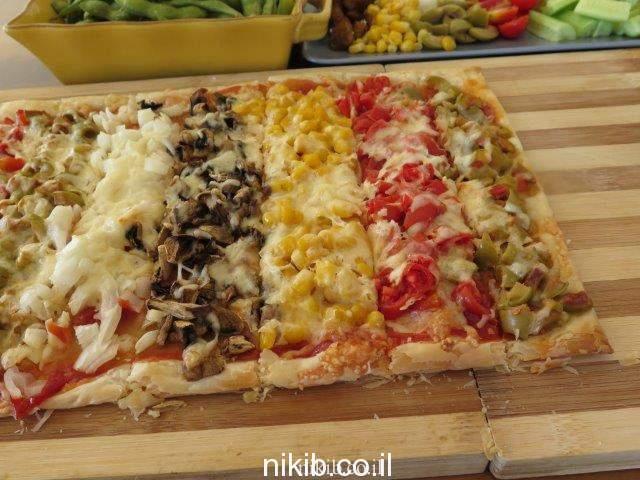 פיצה מבצק עלים