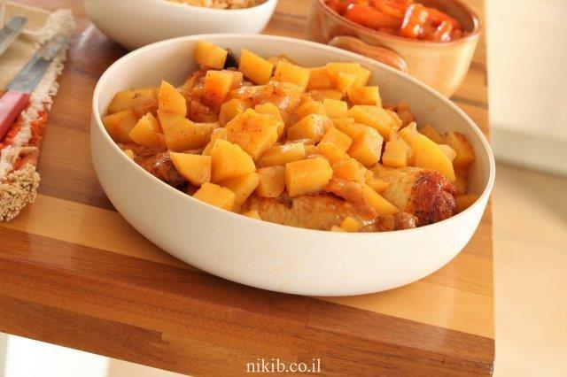 עוף עם תפוחי אדמה