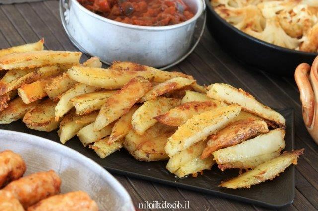 תפוחי אדמה אפויים עם עשבי תיבול