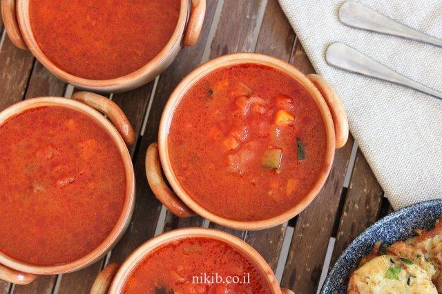 מרק עגבניות עם ירקות