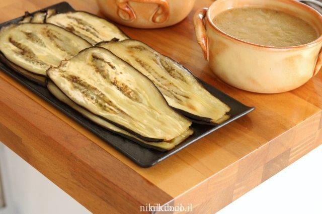 פרוסות חצילים קלויות בתנור