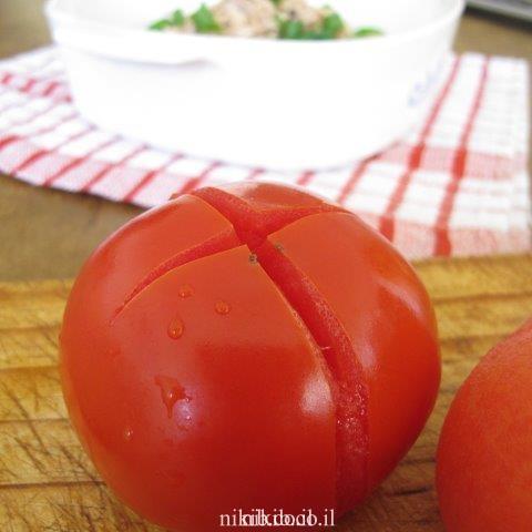 איך חולטים עגבניות ?