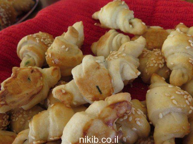 קרואסון גבינות