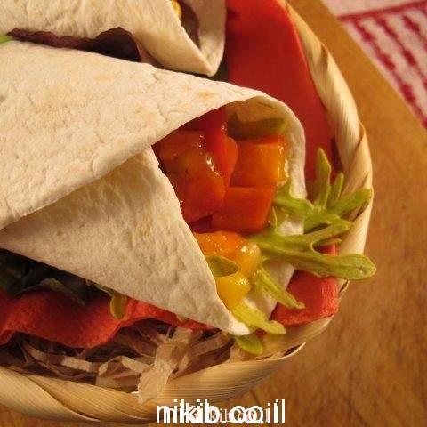 טורטייה ממולאת ירקות מוקפצים