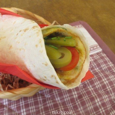 טורטייה עם חביתת ירק