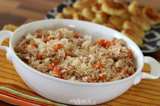 ארוחת שאריות עוף עם אורז
