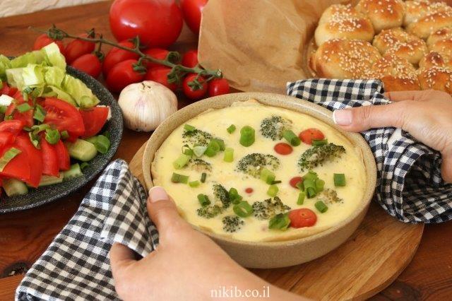 מאפה ברוקולי ועגבניות