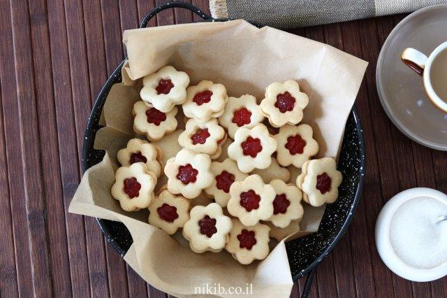 עוגיות פרח ריבה נימוחות