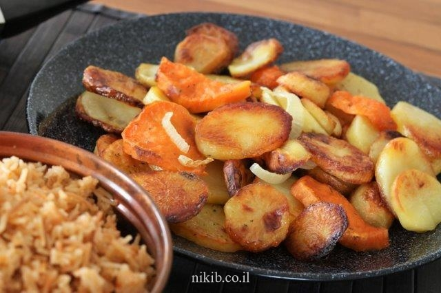 תפוחי אדמה ובטטות אפויים