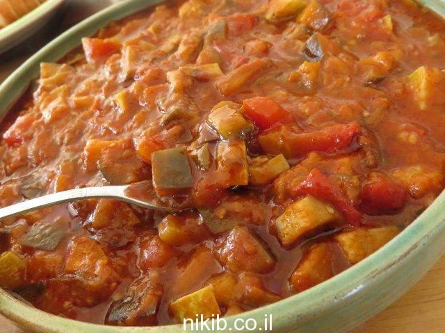 תבשיל ירקות ועדשים