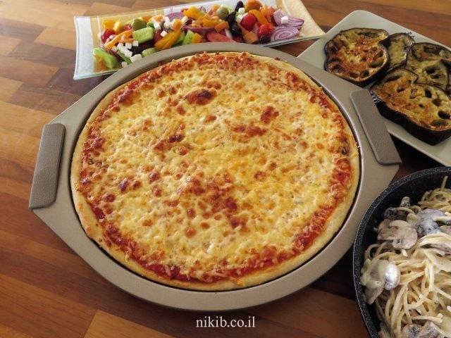 ארוחת פסטה ופיצה מוקרמת