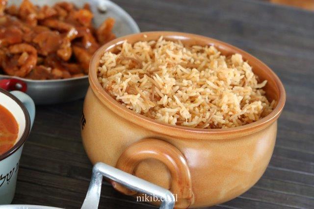 אורז אדום עם פטריות