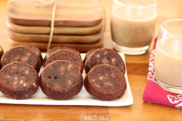 שוקולדיות – פינוקי שוקולד ממכרים!