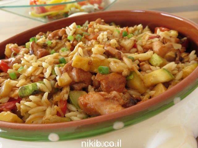 חזה עוף עם ירקות ופתיתים