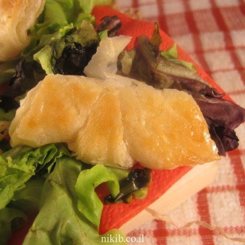חטיפי מלאווח עם זיתים וגבינה