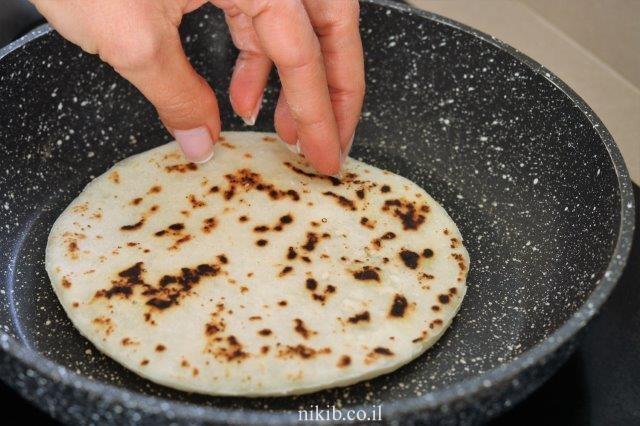 לחם שטוח עם קמח ללא גלוטן
