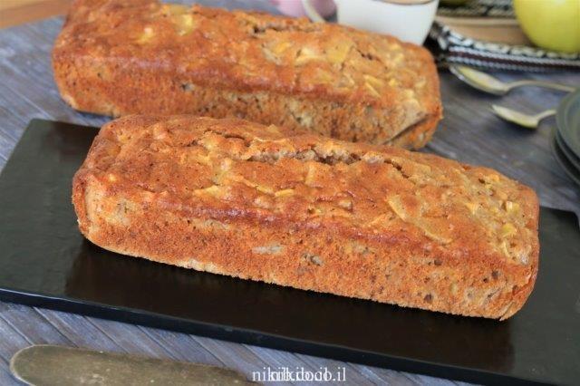 עוגת תפוחים ואגוזים
