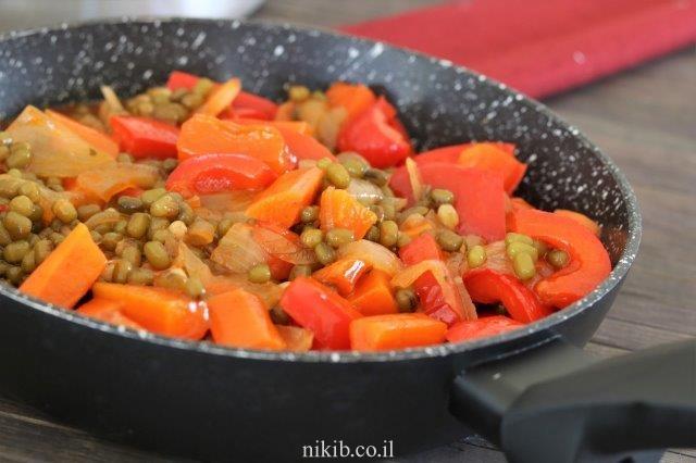 מש עם ירקות וטחינה