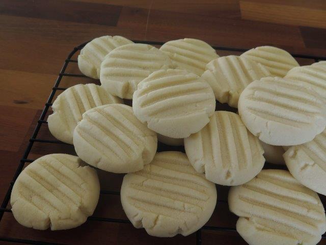 עוגיות חמאה עם פסים