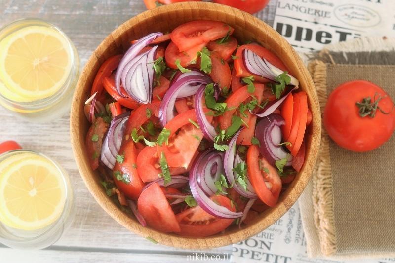 סלט עגבניות חריף כמו בפלאפליות