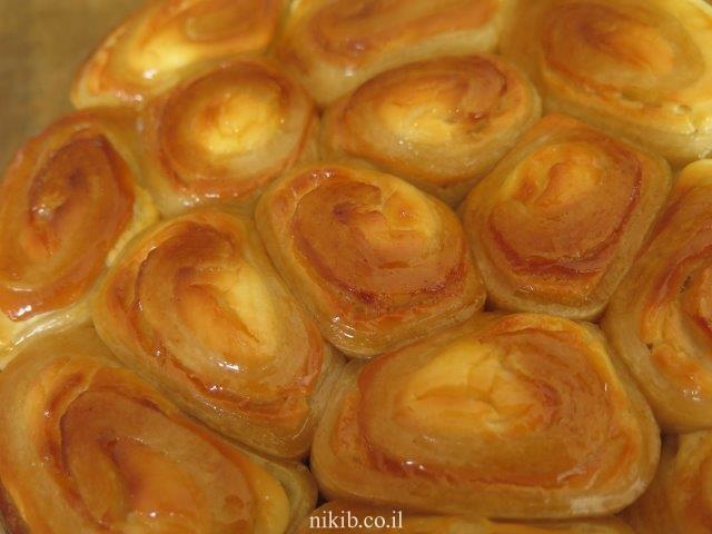 עוגת שמרים שושנים גבינה