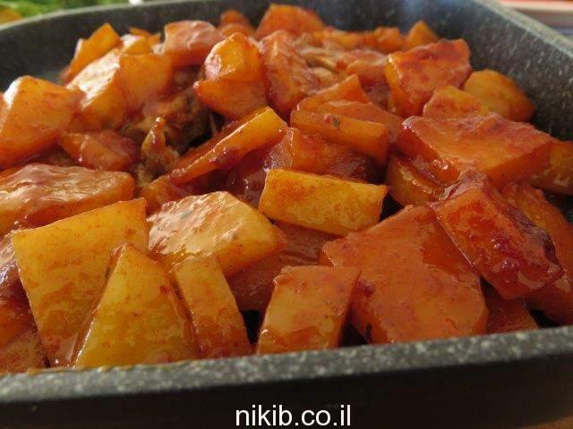 צלעות כבש עם תפוחי אדמה בתנור